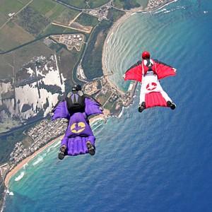 2016.01.13.parachutingwingsuit