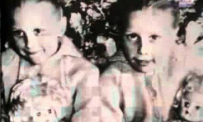 6-The-Pollock-Twins.jpg